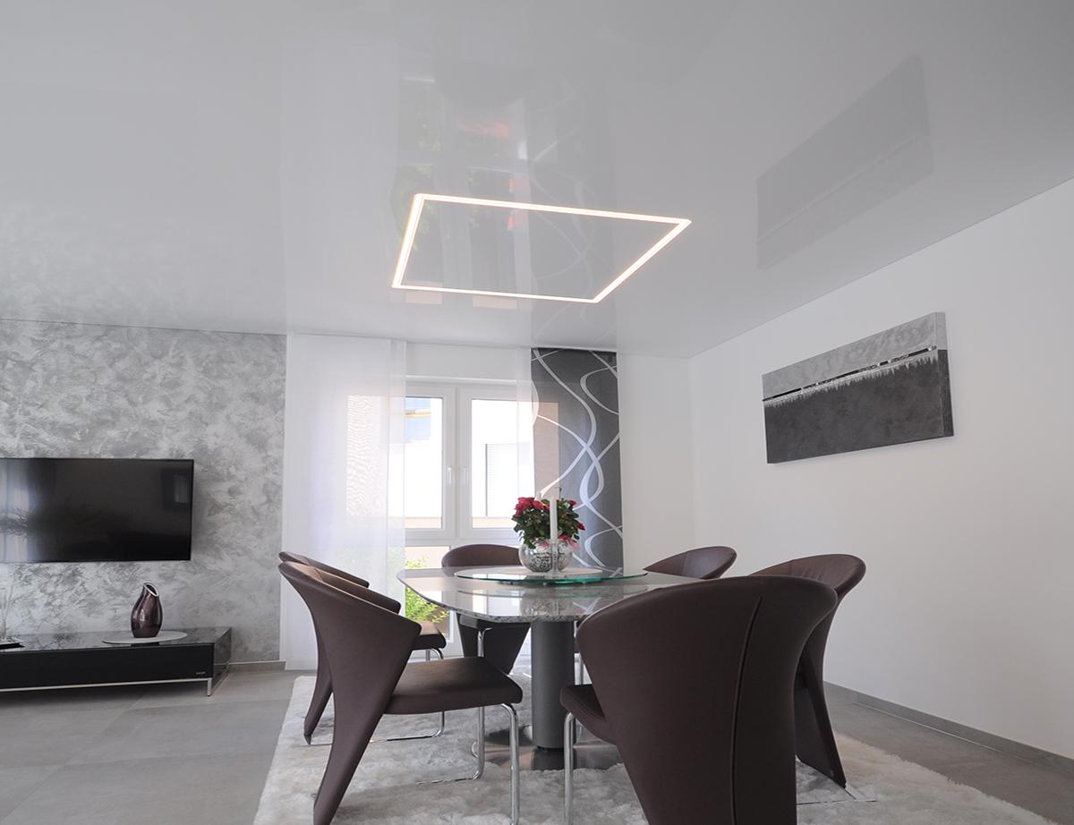 CILING Lichtkanal als Element Esszimmer